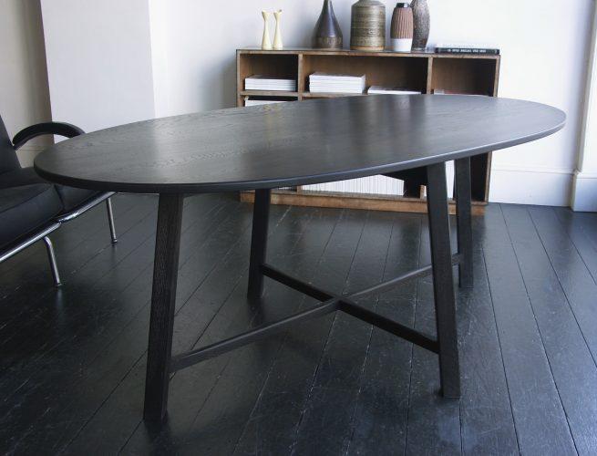 Howe Oval Table