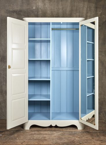 Painted-Curvey-Cupboard-0001