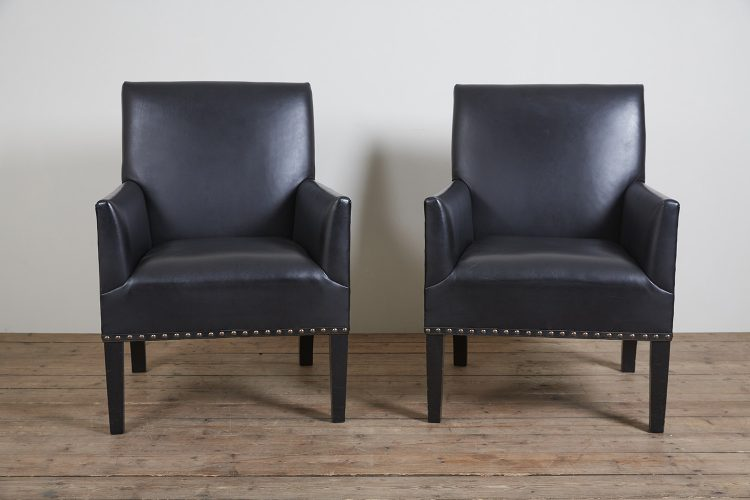 Pair-Black-Gieves-Chairs-0001-2