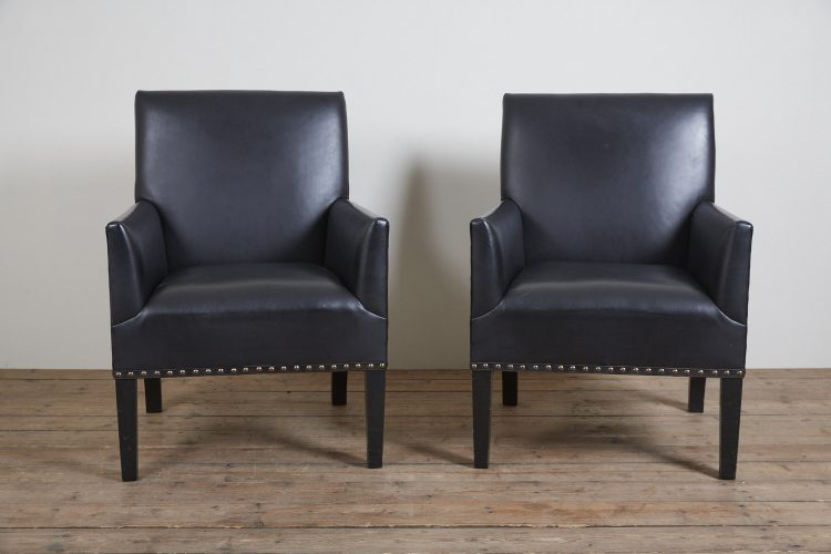 Pair-Black-Gieves-Chairs-0001