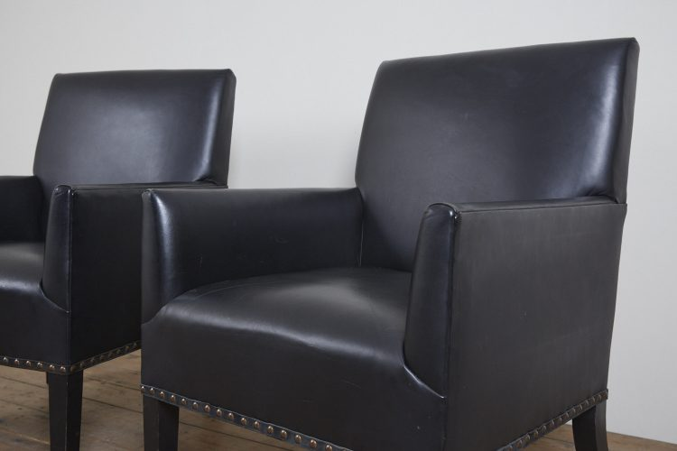 Pair-Black-Gieves-Chairs-0002