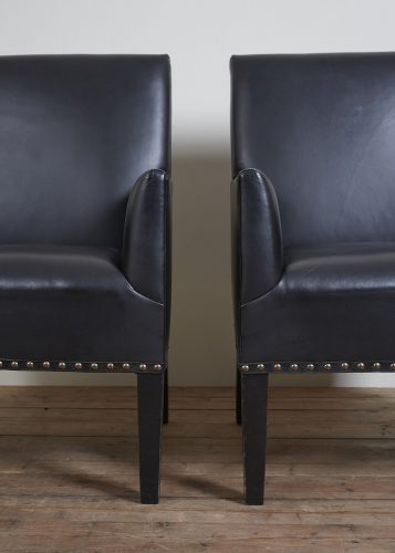 Pair-Black-Gieves-Chairs-0003