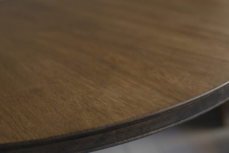 Pedestal-table-top-detail