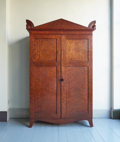 Plum-Mahogany-Cupboard-0022