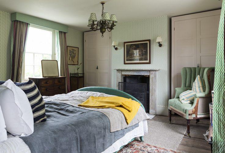 R-MrMen-Bedroom