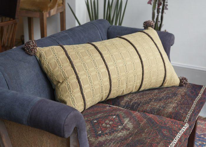 SS253-Swedish-Woven-Pillow-0001-1