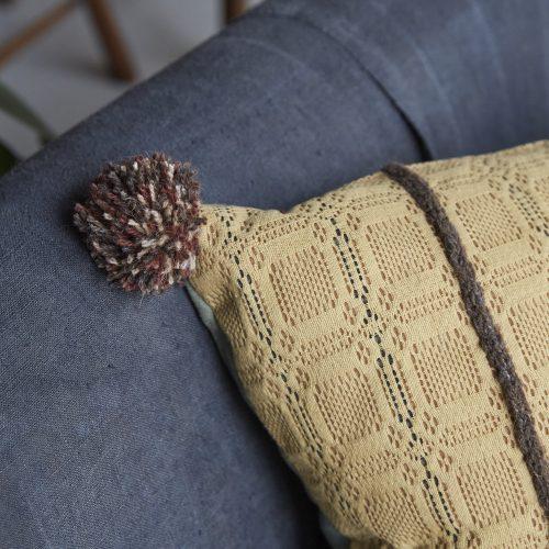 SS253-Swedish-Woven-Pillow-0002