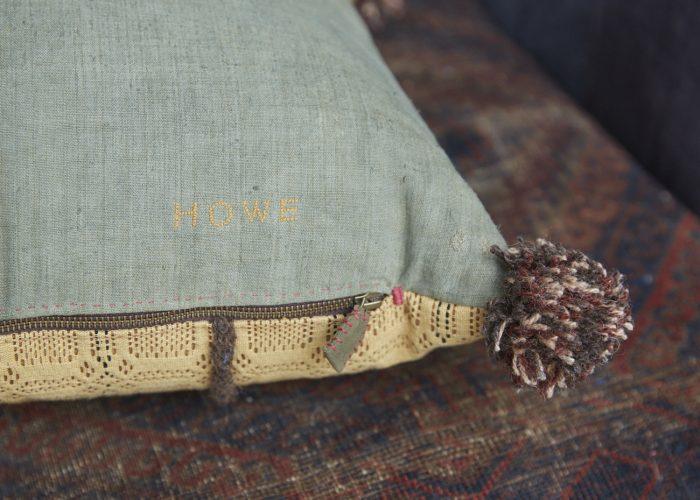 SS253-Swedish-Woven-Pillow-0004