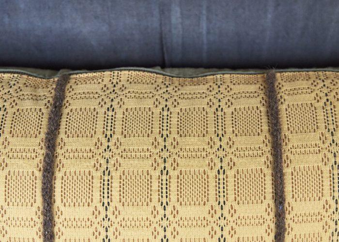 SS253-Swedish-Woven-Pillow-0011