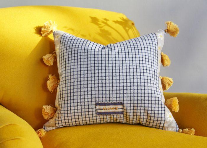 SS257-Edelweiss-Cushion-0011