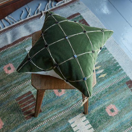 SS259 – Trellis Garden Cushion-0002
