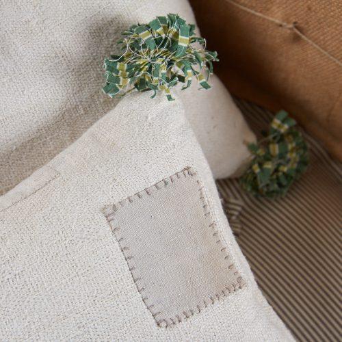 SS264-SS265-Pair-White-Grain-Sack-Pillows-v2-0010