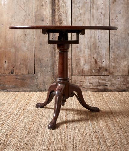 Small-Flip-Top-Table-0045