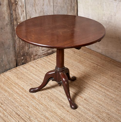 Small-Flip-Top-Table-0046