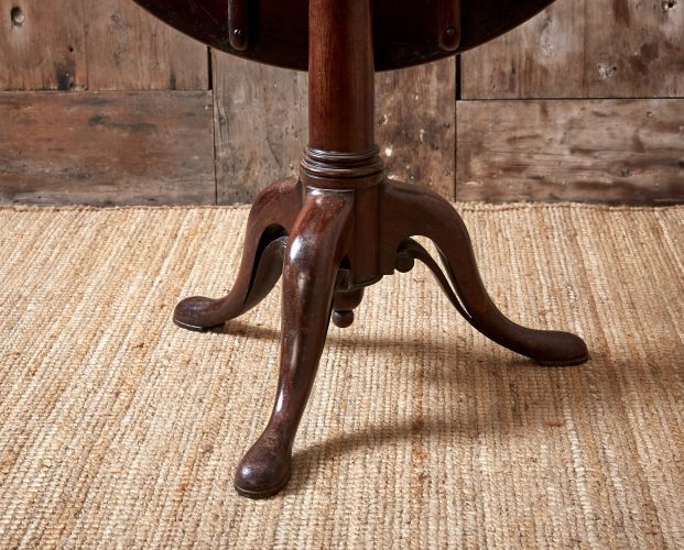 Small-Flip-Top-Table-0048