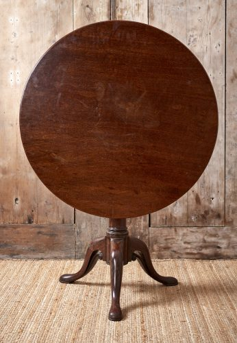 Small-Flip-Top-Table-0051