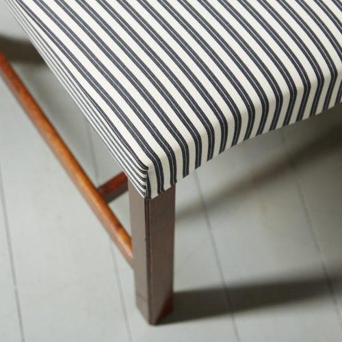 Stripey Balloon Chair-0007