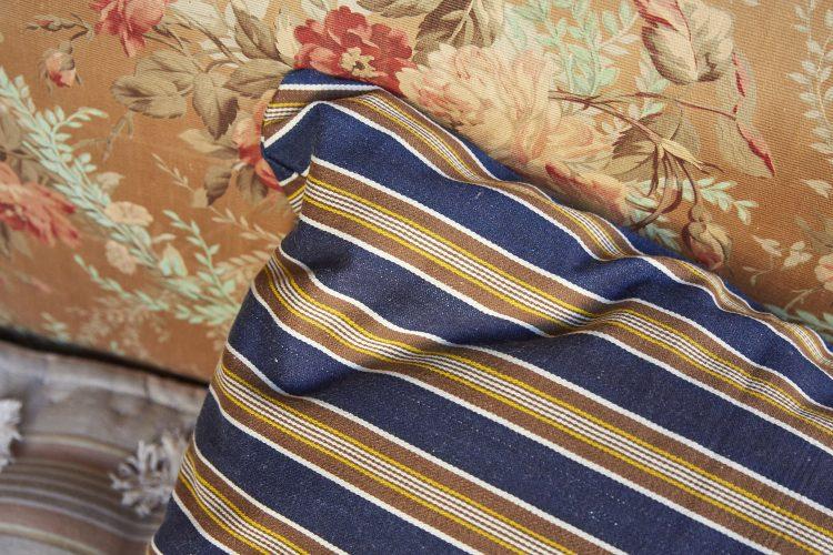 Swedish-Cushion-0028-1