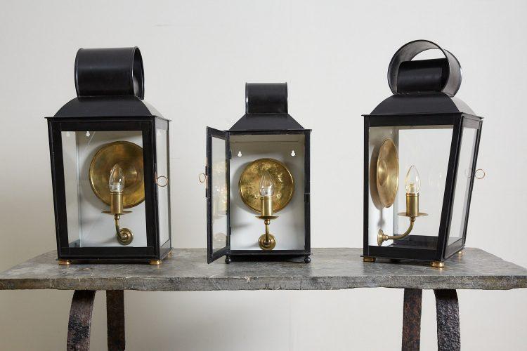 W3-Wall-Lantern-Black-0003