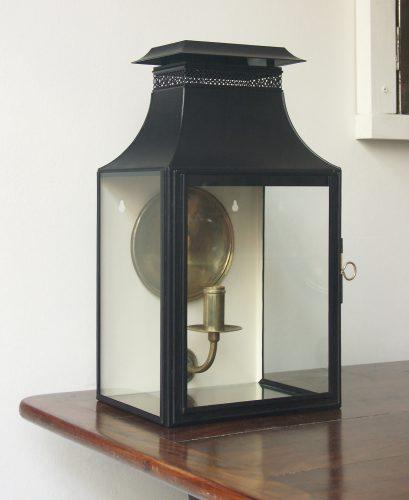W4-lantern