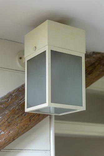 W5-Wall-Lantern-2
