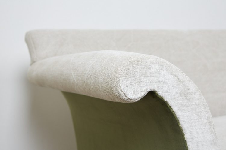 Weimarner-Sofa-Beige-Green-0005