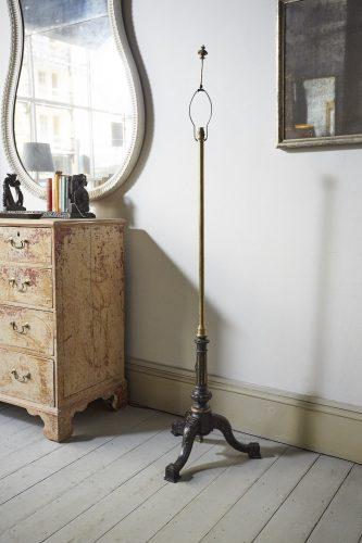 Wood-Brass-Standing-Lamp-0001-1
