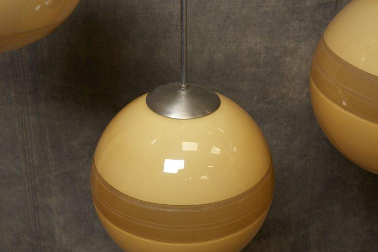Yellow-Globe-Hanging-Lamps-12