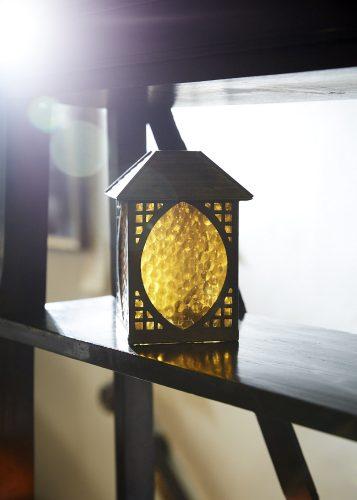 Arts-and_crafts_lantern_0005