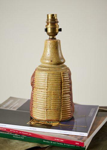 HL4315 – 'Rooke Pottery' lamp-0007