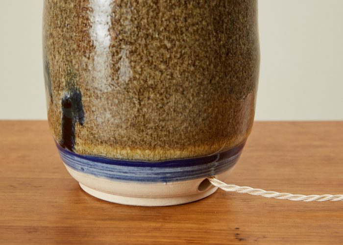 HL4340 – Ceramic Table Lamp-0016
