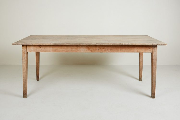 HL4371 – Kitchen Table-0006