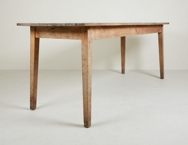HL4371 – Kitchen Table-0016