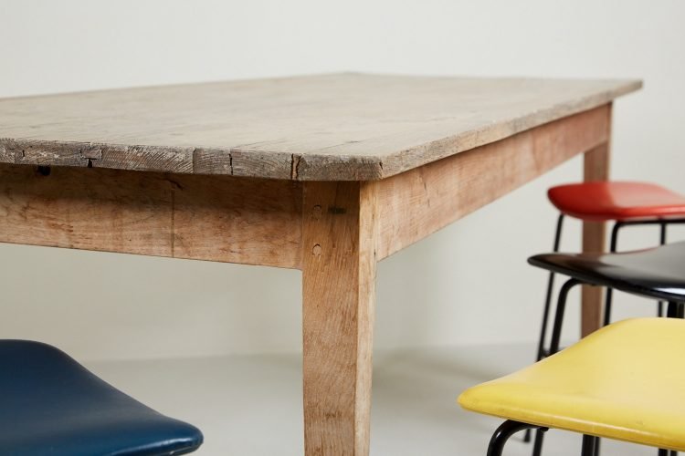 HL4371 – Kitchen Table-0021