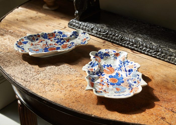 HL4410 – Ironstone Shell Shaped Dessert Dishes-0001