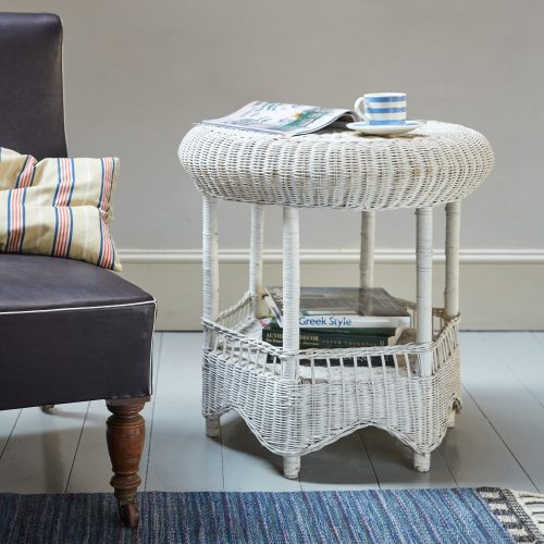 HL4438 – Painted Wicker Table-0001