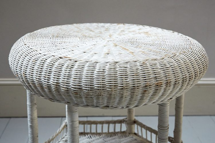 HL4438 – Painted Wicker Table-0008