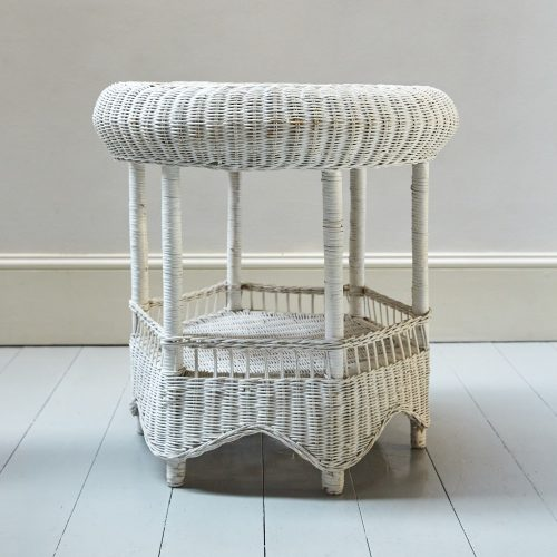 HL4438 – Painted Wicker Table-0011