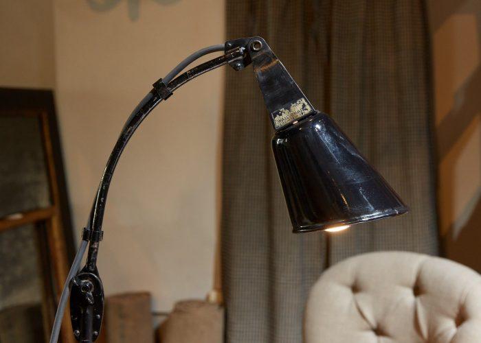 HL4466 – Zonalite Black Walligraph Lamp-0009