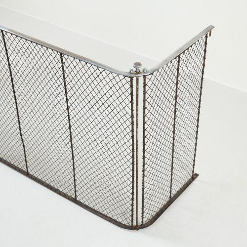 INC0730 – Large Tri-Fold Spark Guard-0012