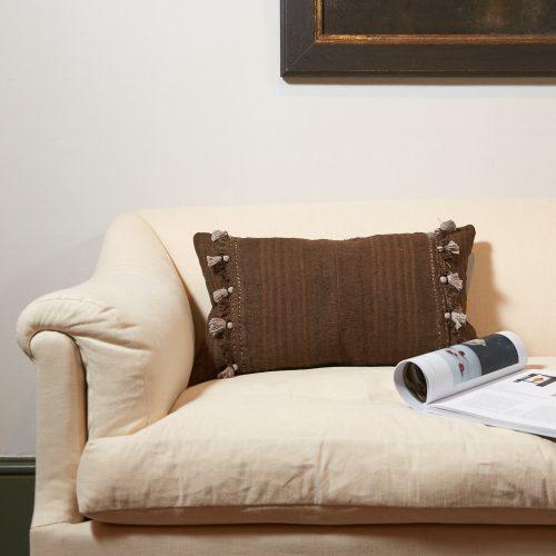 HB900262 – Chestnut Brown Pillow-0001