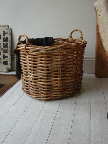 Round Log basket1