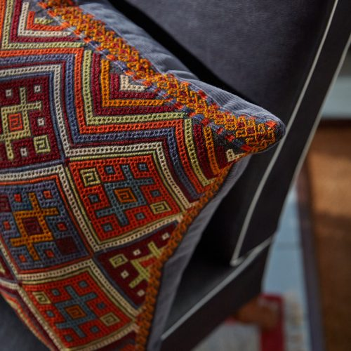 HB900264 – Vintage Caucasian Rug Pillow-0003