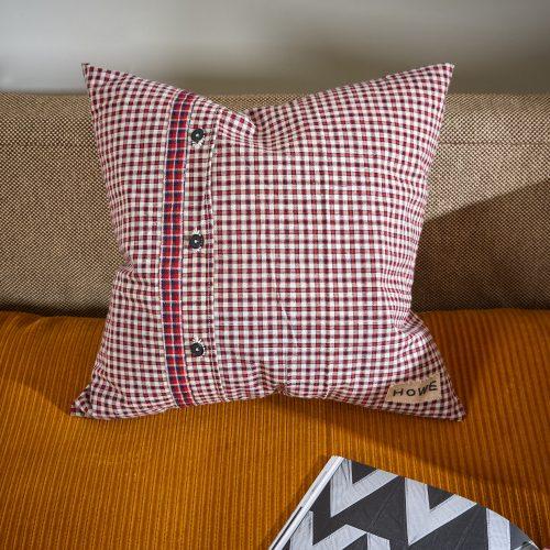 HB900290 – Vintage French Kelsch Cushion-0001