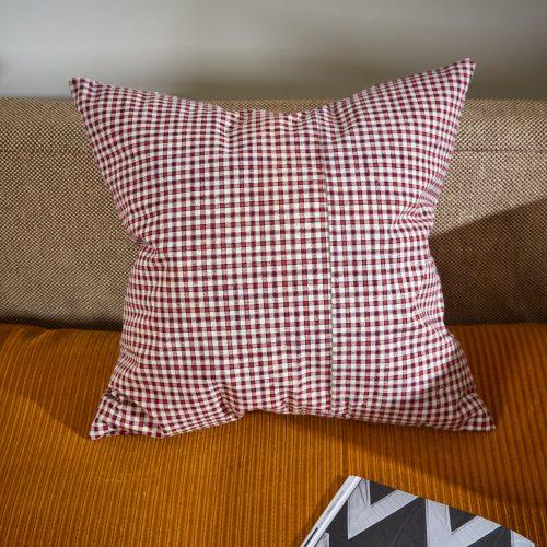 HB900290 – Vintage French Kelsch Cushion-0002