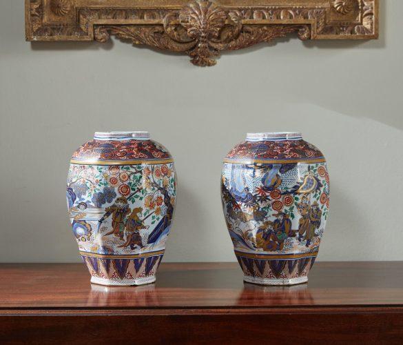 HL4546 – Dutch Delft Vases-0014
