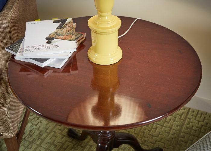 HL858 – Tilt Top Table-0007