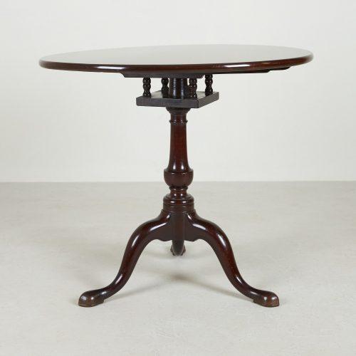 HL858 – Tilt Top Table-0008