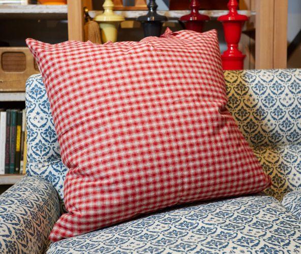 HB900286 – French Kelsch Floor cushion-0003