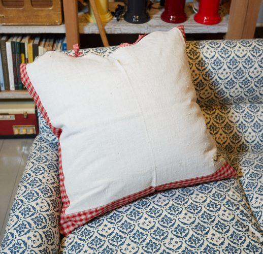 HB900286 – French Kelsch Floor cushion-0005
